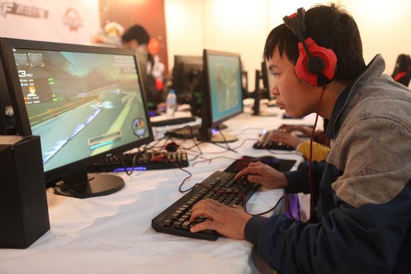 qq 飞车/2012TGA大奖赛冬季总决赛QQ飞车车队竞速赛8进4赛况