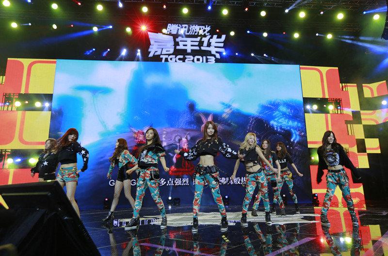 少女时代亮相TGC 现场演绎剑灵中文主题曲 剑