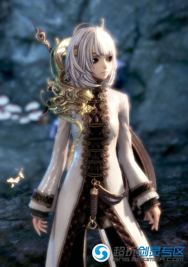 清纯可爱小师妹 剑灵白色风衣时装展示