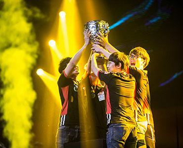 LGD战队 冠军之路 2015LPL夏季赛 季后赛 决赛
