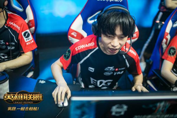 洲际赛赛程公布 RNG能否捕捉闪电狼