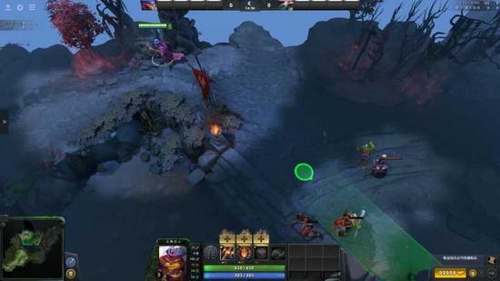 图中圆形光标为冲刺目的地,而绿色区域为刺剑的目标,这时再次点击鼠标,石磷剑士便会冲刺并施法刺剑。