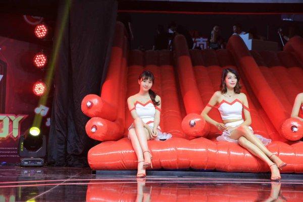 2017chinajoy盛大开幕 中樱桃Showgirl天团再次集结