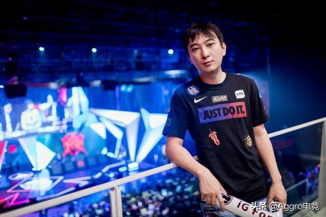 捐款500万后,王思聪现身直播平台,豪掷18万让主播带他玩游戏